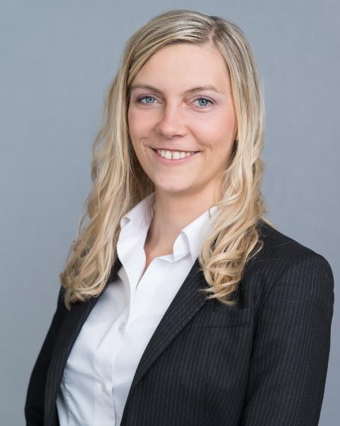 Julia Niedermaier, geb. Julia Prengeman, Wirtschaftsprüfer, Steuerberater in Titisee-Neustadt
