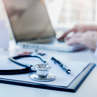 Differenzierte steuerliche Beurteilung von Krankenversicherungsschutz als Sachbezug