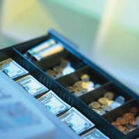 Finanzämter kontrollieren verstärkt die Bargeldbranche